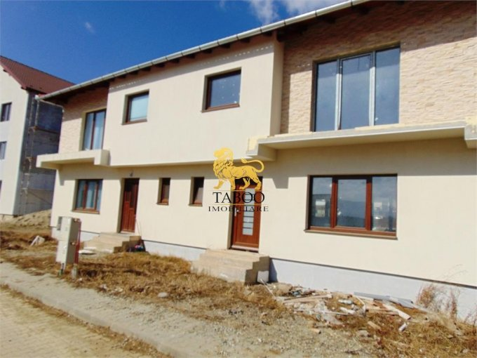 vanzare Casa Sibiu Calea Cisnadiei cu 4 camere, 2 grupuri sanitare, avand suprafata utila 118 mp. Pret: 62.000 euro. agentie imobiliara vand Casa.