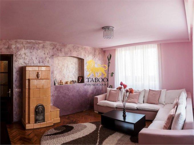 Casa de vanzare direct de la agentie imobiliara, in Sibiu, cu 179.000 euro. 3 grupuri sanitare, suprafata utila 147 mp. Are  4 camere.