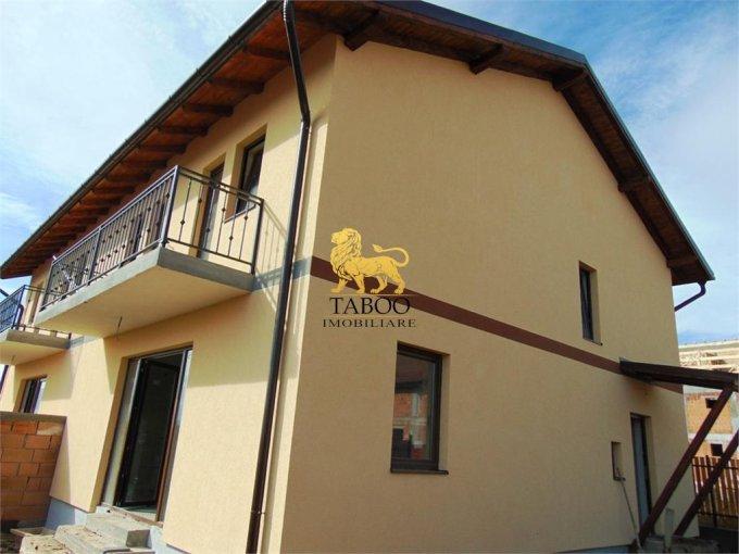 Casa de vanzare in Sibiu cu 4 camere, cu 2 grupuri sanitare, suprafata utila 120 mp. Suprafata terenului 200 metri patrati, deschidere 13 metri. Pret: 66.500 euro. Casa