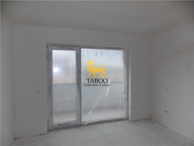 vanzare Casa Sibiu Selimbar cu 4 camere, 2 grupuri sanitare, avand suprafata utila 120 mp. Pret: 83.400 euro. agentie imobiliara vand Casa.