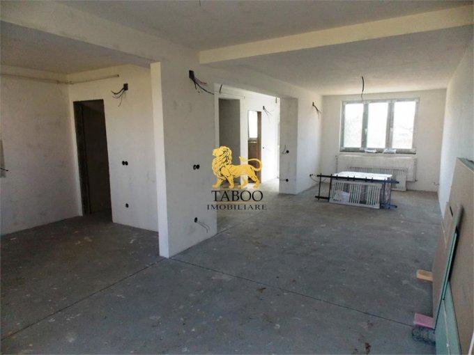vanzare Casa Sibiu cu 4 camere, cu suprafata utila de 119 mp, 2 grupuri sanitare. 85.000 euro.. Casa vanzare Calea Cisnadiei Sibiu