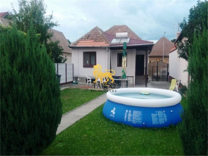 vanzare Casa Sibiu cu 4 camere, cu suprafata utila de 120 mp, 2 grupuri sanitare. 140.000 euro.. Casa vanzare Selimbar Sibiu