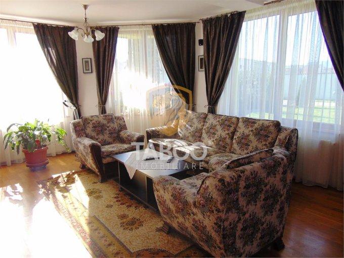 Casa de vanzare direct de la agentie imobiliara, in Sibiu, zona Selimbar, cu 199.000 euro. 2 grupuri sanitare, suprafata utila 175 mp. Are  4 camere.