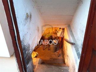 vanzare casa de la agentie imobiliara, cu 4 camere, in zona Vasile Milea, orasul Sibiu