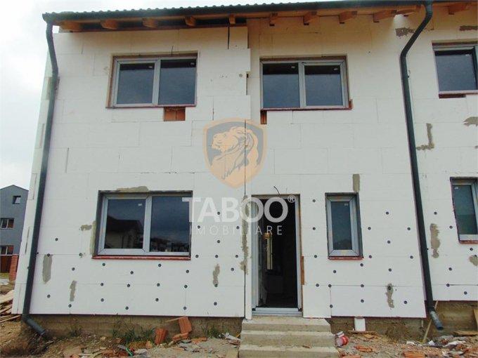 Casa de vanzare direct de la agentie imobiliara, in Sibiu, zona Calea Cisnadiei, cu 63.000 euro. 2 grupuri sanitare, suprafata utila 107 mp. Are  4 camere.
