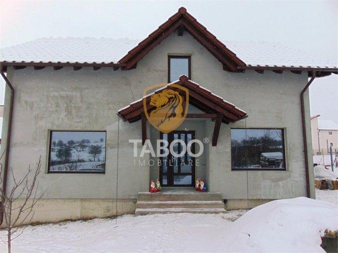 vanzare Casa Daia cu 4 camere, cu suprafata utila de 130 mp, 2 grupuri sanitare. 77.000 euro.. Casa vanzare Daia  Sibiu