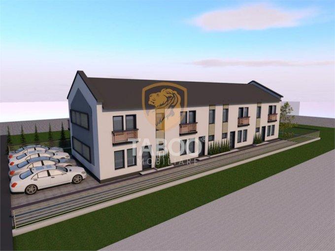 Casa de vanzare direct de la agentie imobiliara, in Sibiu, zona Calea Cisnadiei, cu 67.000 euro. 2 grupuri sanitare, suprafata utila 93 mp. Are  4 camere.