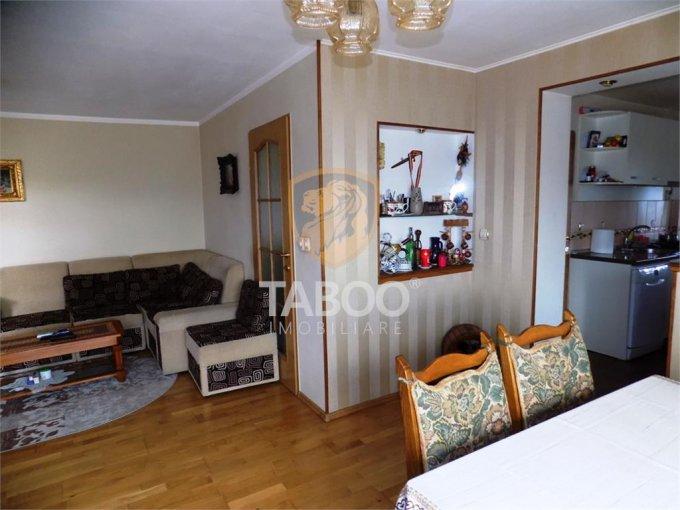 vanzare Casa Sura Mare cu 4 camere, cu suprafata utila de 93 mp, 2 grupuri sanitare. 94.500 euro.. Casa vanzare Sura Mare  Sibiu