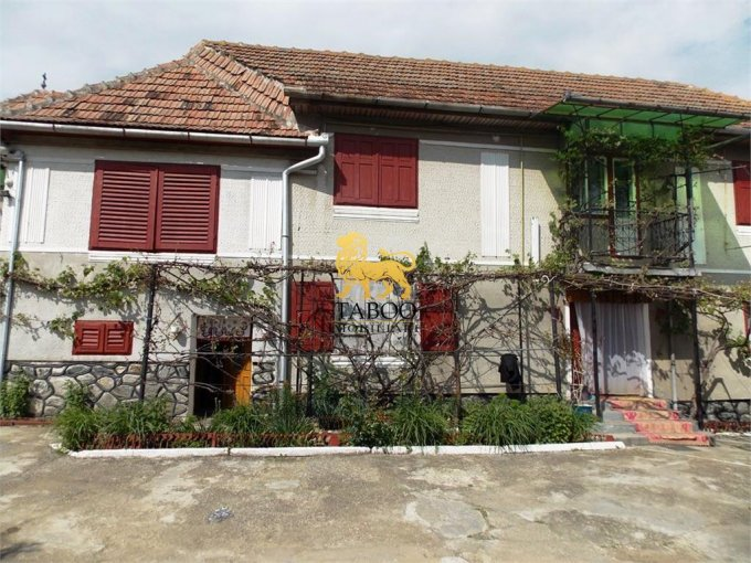 vanzare Casa Loamnes cu 5 camere, 1 grup sanitar, avand suprafata utila 140 mp. Pret: 39.900 euro. agentie imobiliara vand Casa.
