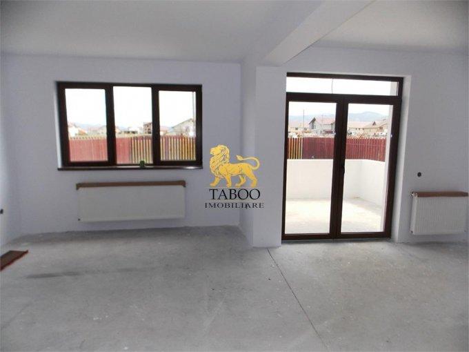 vanzare Casa Sibiu Calea Cisnadiei cu 5 camere, 2 grupuri sanitare, avand suprafata utila 168 mp. Pret: 82.000 euro. agentie imobiliara vand Casa.