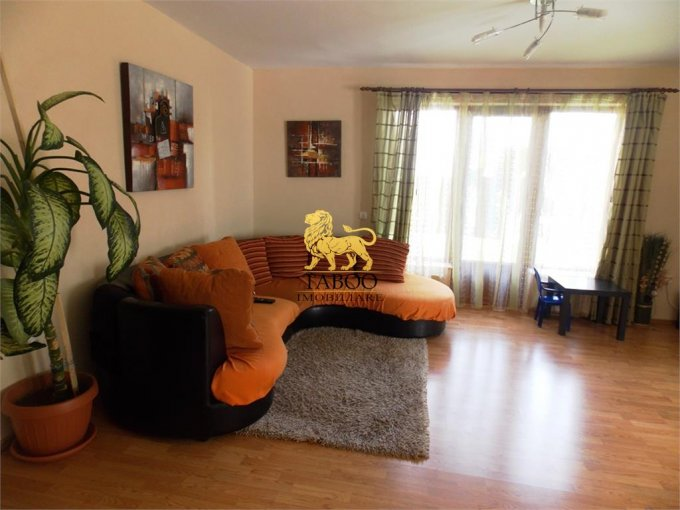 vanzare Casa Sibiu cu 5 camere, cu suprafata utila de 206 mp, 2 grupuri sanitare. 150.000 euro.. Casa vanzare Selimbar Sibiu