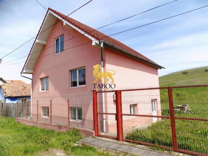 vanzare Casa Slimnic cu 5 camere, cu suprafata utila de 260 mp, 1 grup sanitar. 65.000 euro.. Casa vanzare Slimnic  Sibiu