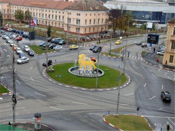 Casa de vanzare direct de la agentie imobiliara, in Sibiu, zona Calea Dumbravii, cu 424.900 euro. 2 grupuri sanitare, suprafata utila 132 mp. Are  5 camere.