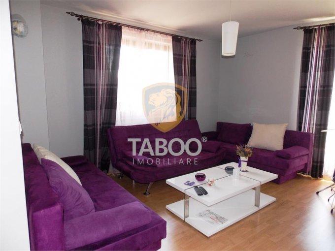 Casa de vanzare direct de la agentie imobiliara, in Sibiu, zona Piata Cluj, cu 159.000 euro. 2 grupuri sanitare, suprafata utila 180 mp. Are  5 camere.