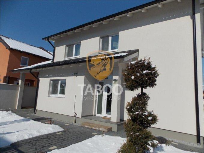 Calea Cisnadiei Sibiu casa cu 5 camere, 2 grupuri sanitare, cu suprafata utila de 132 mp, suprafata teren 468 mp si deschidere de 15 metri. In orasul Sibiu Calea Cisnadiei.