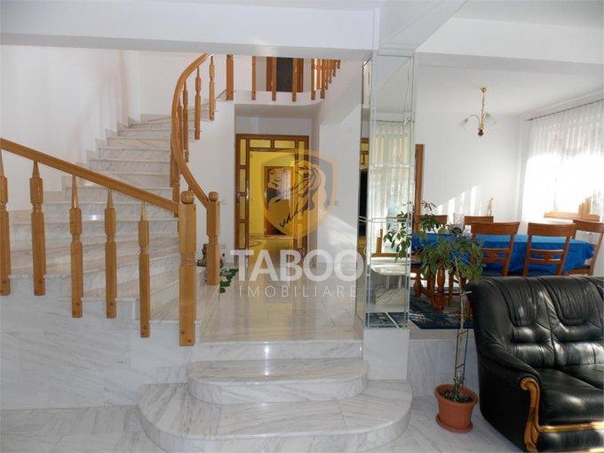 inchiriere Casa Sibiu cu 5 camere, cu suprafata utila de 250 mp, 3 grupuri sanitare. 800 euro.. Casa inchiriere Calea Poplacii Sibiu