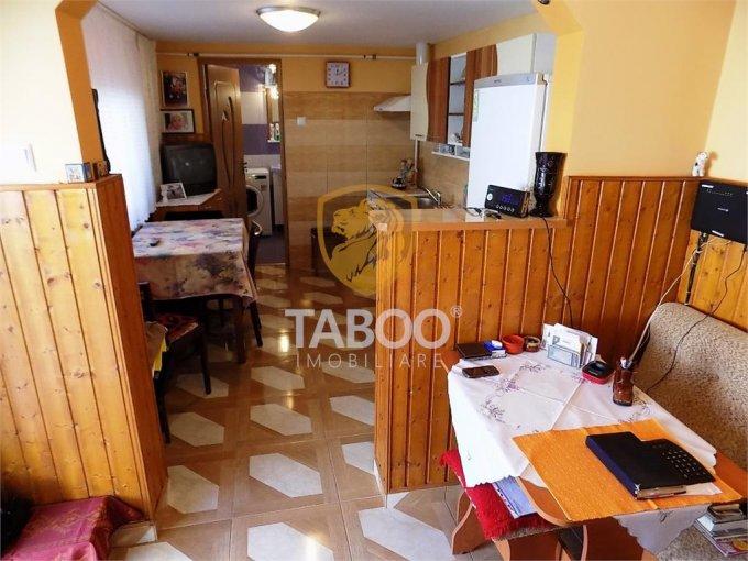 vanzare Casa Sibiu Turnisor cu 5 camere, 2 grupuri sanitare, avand suprafata utila 130 mp. Pret: 110.000 euro. agentie imobiliara vand Casa.