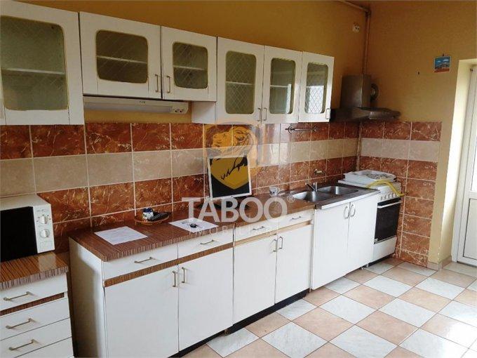 Casa de vanzare direct de la agentie imobiliara, in Sibiu, zona Terezian, cu 145.000 euro. 4 grupuri sanitare, suprafata utila 210 mp. Are  5 camere.