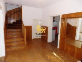 Sibiu, zona Parcul Sub Arini, casa cu 6 camere de vanzare de la agentie imobiliara