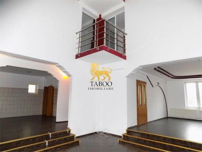vanzare Casa Sibiu cu 6 camere, cu suprafata utila de 400 mp, 4 grupuri sanitare. 360.500 euro.. Casa vanzare Tilisca Sibiu