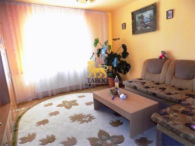 vanzare Casa Sibiu Piata Cluj cu 6 camere, 2 grupuri sanitare, avand suprafata utila 125 mp. Pret: 120.000 euro. agentie imobiliara vand Casa.