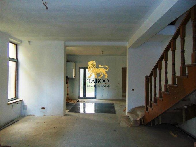 vanzare Casa Sibiu cu 6 camere, cu suprafata utila de 186 mp, 4 grupuri sanitare. 95.000 euro.. Casa vanzare Gusterita Sibiu