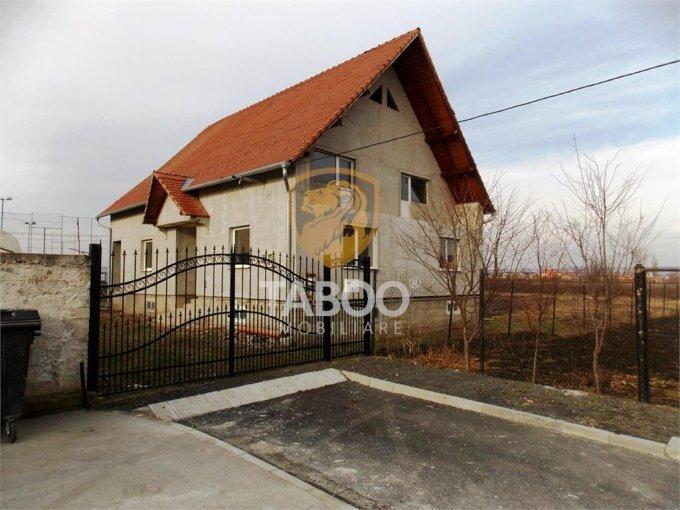 Tiglari Sibiu casa cu 6 camere, 2 grupuri sanitare, cu suprafata utila de 244 mp, suprafata teren 1400 mp si deschidere de 14 metri. In orasul Sibiu Tiglari.