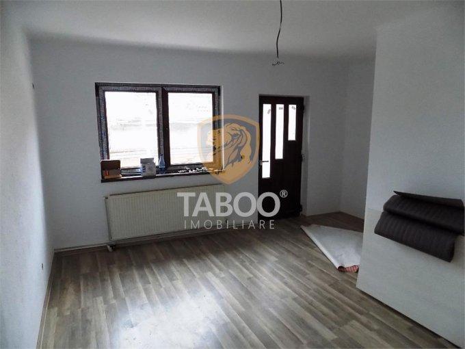 vanzare Casa Sibiu cu 7 camere, cu suprafata utila de 220 mp, 5 grupuri sanitare. 230.000 euro.. Casa vanzare Piata Cluj Sibiu