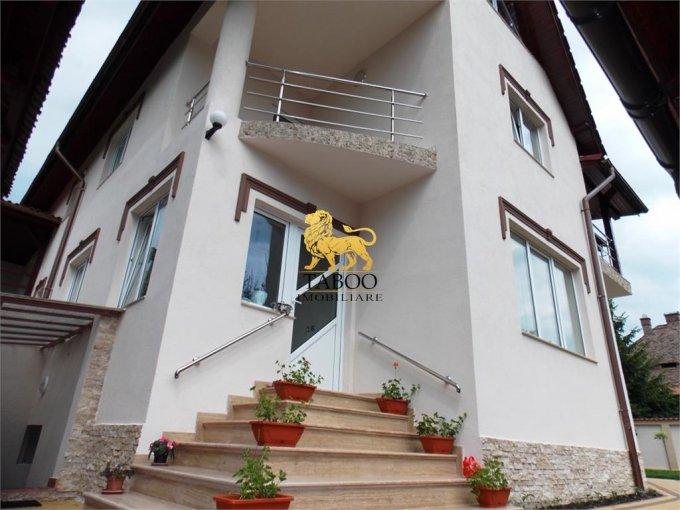 vanzare Casa Sibiu cu 8 camere, cu suprafata utila de 480 mp, 3 grupuri sanitare. 470.000 euro.. Casa vanzare Trei Stejari Sibiu