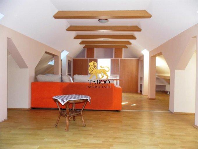 vanzare Casa Sibiu cu 9 camere, cu suprafata utila de 300 mp, 3 grupuri sanitare. 130.000 euro.. Casa vanzare Piata Cluj Sibiu