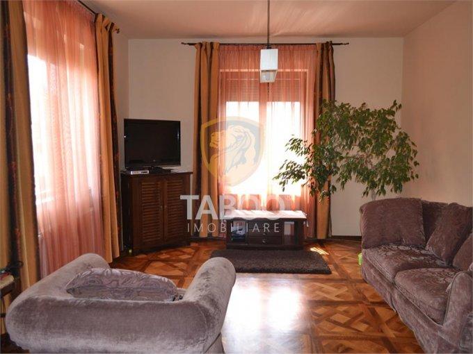 vanzare Casa Sibiu cu 9 camere, cu suprafata utila de 300 mp, 5 grupuri sanitare. 485.000 euro.. Casa vanzare Trei Stejari Sibiu