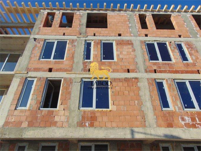 Garsoniera vanzare Calea Cisnadiei etajul 2 din 3 etaje, 1 grup sanitar, cu suprafata de 25 mp. Sibiu, zona Calea Cisnadiei.