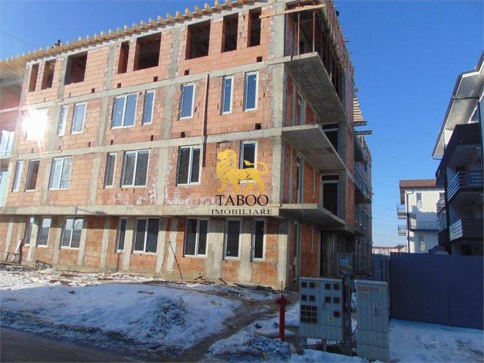 Garsoniera de vanzare direct de la agentie imobiliara, in Sibiu, zona Ciresica, cu 19.900 euro. 1 grup sanitar, suprafata utila 27 mp.