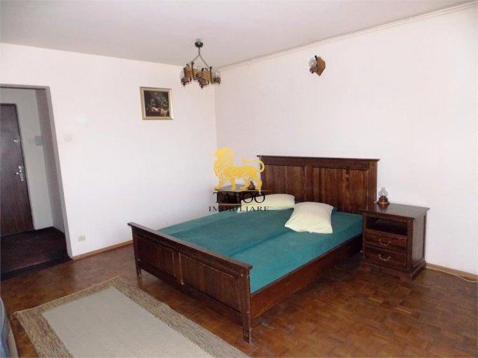 vanzare Garsoniera Sibiu, cu 1 grup sanitar, suprafata utila 35 mp. Pret: 32.000 euro.