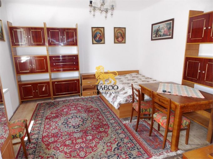 Garsoniera de vanzare in Sibiu, cu 1 grup sanitar, suprafata utila 36 mp. Pret: 36.000 euro.