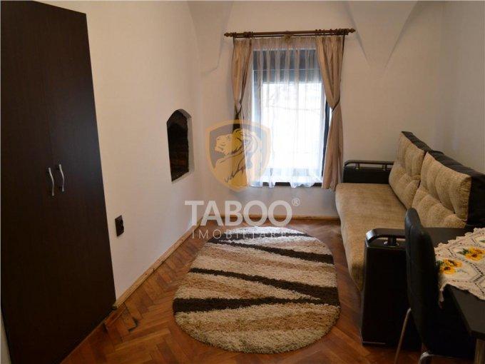 inchiriere Garsoniera Sibiu, cu 1 grup sanitar, suprafata utila 25 mp. Pret: 200 euro.