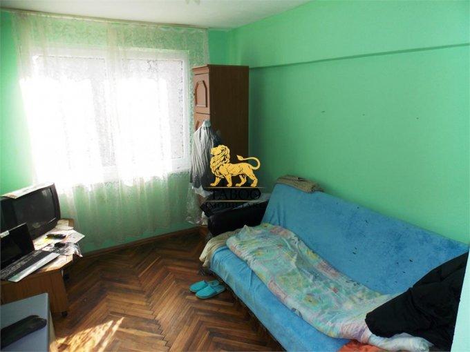 vanzare Garsoniera Sibiu, cu 1 grup sanitar, suprafata utila 22 mp. Pret: 14.500 euro.