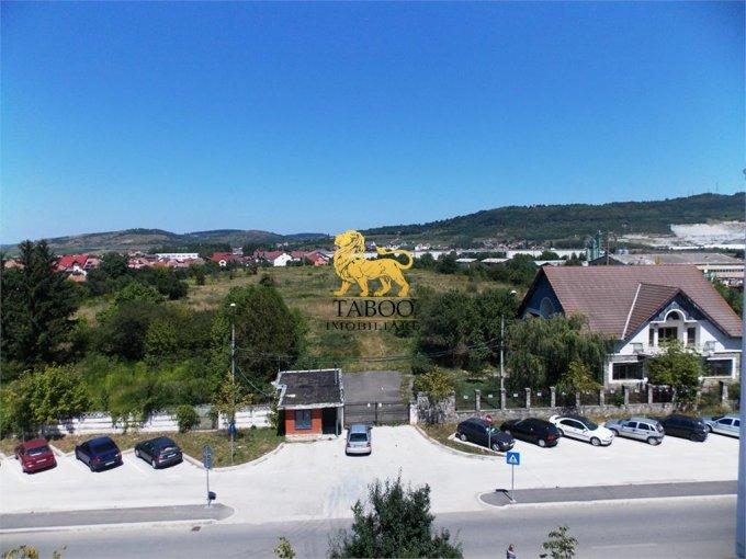 vanzare Garsoniera Sibiu, cu 1 grup sanitar, suprafata utila 20 mp. Pret: 14.000 euro.