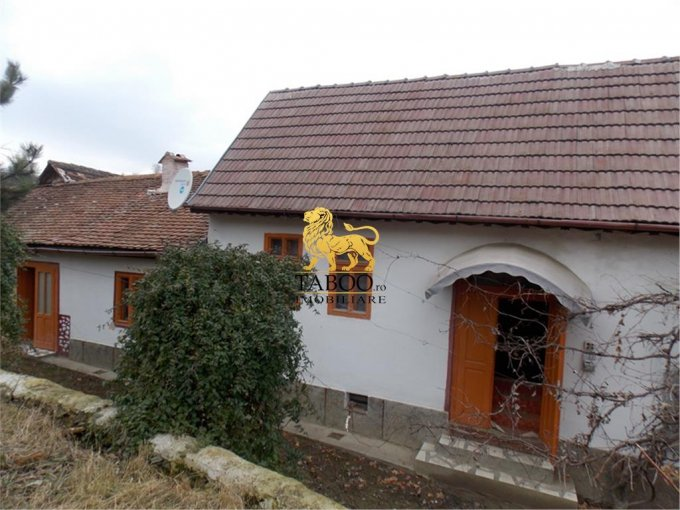 proprietate speciala de vanzare direct de la agentie imobiliara, in Aciliu, cu 25.000 euro. Suprafata de teren 1200 metri patrati cu deschidere de 8 metri.