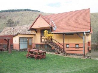 Proprietate speciala cu 3000 mp teren de vanzare, in  Sibiu Orlat