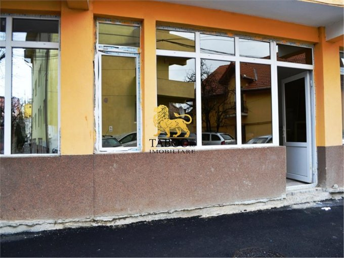 Spatiu comercial de vanzare direct de la agentie imobiliara, in Sibiu, cu 48.500 euro. 1 grup sanitar, suprafata utila 128 mp.