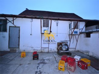 Sibiu Cristian, Spatiu comercial cu 12 incaperi, de vanzare de la agentie imobiliara