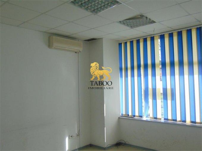 Spatiu comercial de inchiriat direct de la agentie imobiliara, in Sibiu, zona Gara, cu 900 euro. 1 grup sanitar, suprafata utila 83 mp.