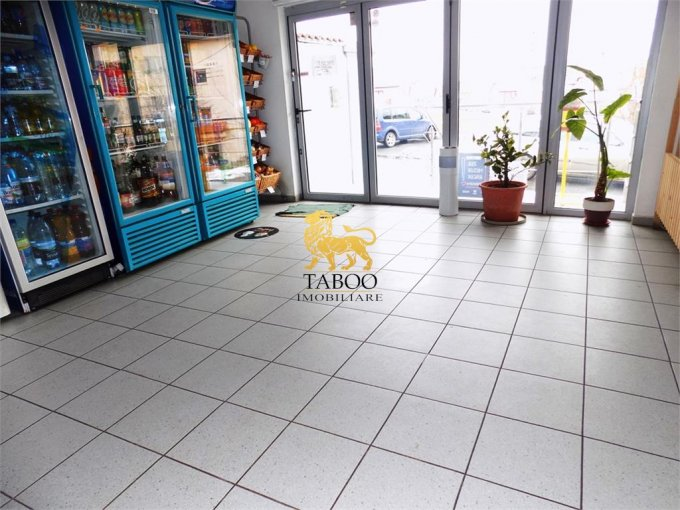 Spatiu comercial vanzare Turnisor Sibiu cu 3 incaperi de vanzare, cu suprafata utila de 65 mp. 60.000 euro. Spatiu comercial Turnisor Sibiu