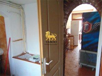 Sibiu, zona Orasul de Jos, Spatiu comercial cu 5 incaperi, de inchiriat de la agentie imobiliara
