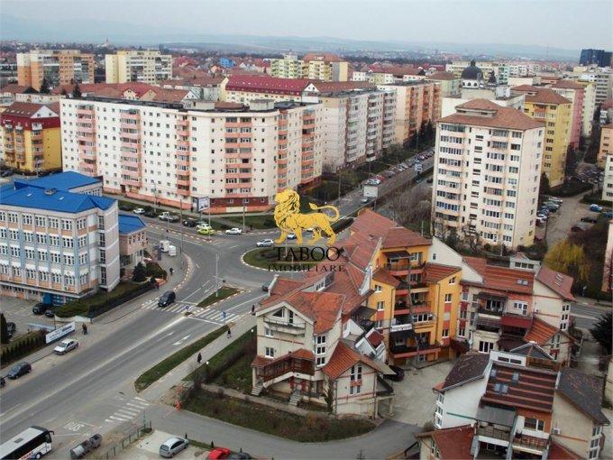 de inchiriat spatiu comercial cu 1 incapere, 1 grup sanitar, suprafata de 15 mp. In orasul Sibiu. 150 euro.