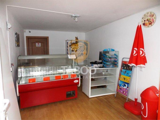 Spatiu comercial de inchiriat direct de la agentie imobiliara, in Sibiu, zona Terezian, cu 200 euro. 1 grup sanitar, suprafata utila 22 mp.