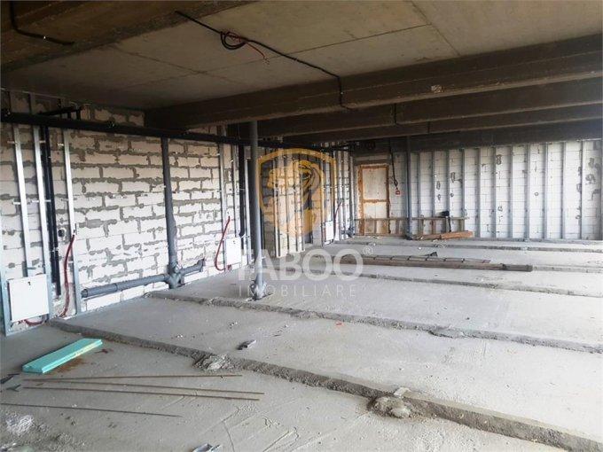 inchiriere Spatiu comercial Sibiu cu 4 incaperi, 3 grupuri sanitare, avand suprafata de 240 mp. Pret: 2.880 euro. agentie imobiliara inchiriez Spatiu comercial.