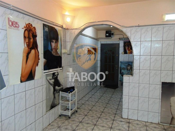 Sibiu Spatiu comercial de vanzare cu 2 incaperi, cu 1 grup sanitar, suprafata 40 mp. Pret: 42.000 euro.