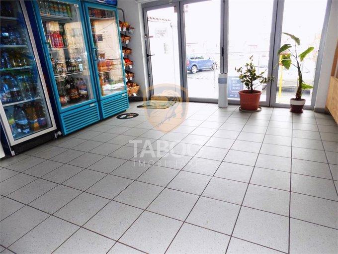 Spatiu comercial inchiriere Turnisor Sibiu cu 3 incaperi de inchiriat, cu suprafata utila de 65 mp. 450 euro. Spatiu comercial Turnisor Sibiu
